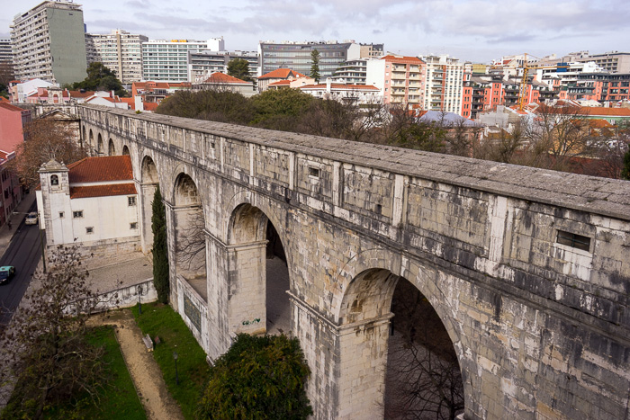 Cistern and Neighborhood of Amoreiras